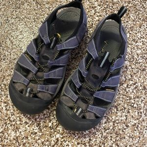 Women's Keen Hiking sandals - great condition.